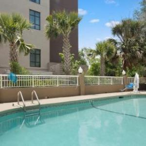 Charleston Harbor Resort Hotels - Best Western Patriots Point