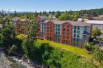 Gladstone Oregon Hotels - Holiday Inn Express Portland Se - Clackamas Area