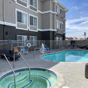Mountain High Resort Hotels - La Quinta by Wyndham Hesperia Victorville