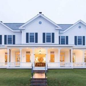 Westhampton Beach Performing Arts Center Hotels - The Quogue Club