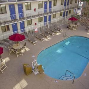 Metrocenter Phoenix Hotels - Phoenix Inn