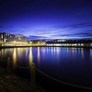 Hotels near Fat Sams Dundee - Apex City Quay Hotel