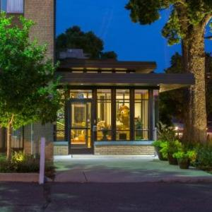 Hotels near Varsity Theater Minneapolis - University Inn