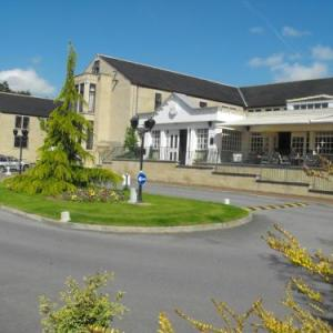 Hotels near The Live Room Saltaire - Gomersal Park Hotel & Dream Spa