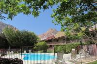 Bonnie Springs Motel And Resort Image