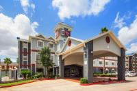 Best Western Plus Northwest Inn & Suites Image