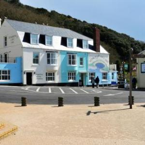 Lulworth Castle Hotels - Lulworth Cove Inn
