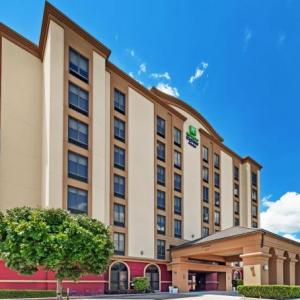 Holiday Inn Express Hotel & Suites Houston - Memorial Park Area