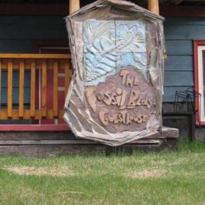 Lake Louise Ski Area Hotels - Fossil Beds Guesthouse