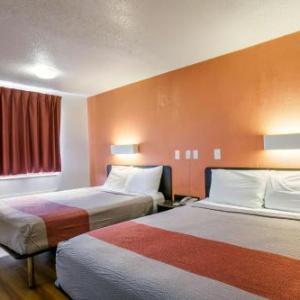 Motel 6-Dothan AL
