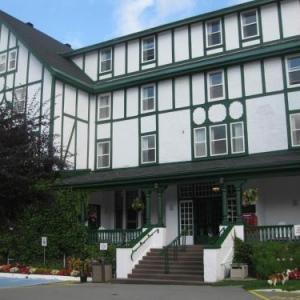 Hotels near Corner Brook Civic Centre - Glynmill Inn