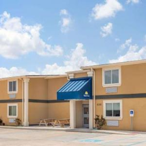 Dillard University Hotels - Days Inn By Wyndham New Orleans Pontchartrain