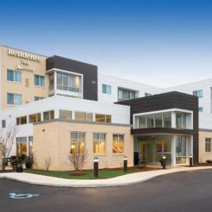 Residence Inn by Marriott Milwaukee West