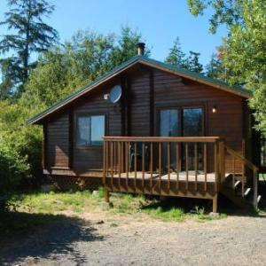 Book Now La Conner Camping Resort Cabin 9 (La Conner, United States). Rooms Available for all budgets. La Conner Camping Resort Cabin 9 is located in La Conner 39 km from Bellingham. Port Townsend is 36 km away. Free WiFi is offered .The accommodation is equipped with a dining