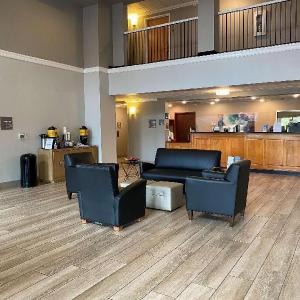 White Oak Mountain Amphitheater Hotels - Best Western Windsor Inn & Suites