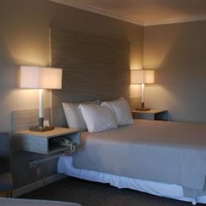 Berlin Village Inn