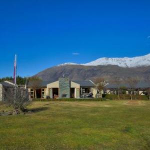 Gibbston Valley Winery Hotels - 1220 Gibbston Lodge