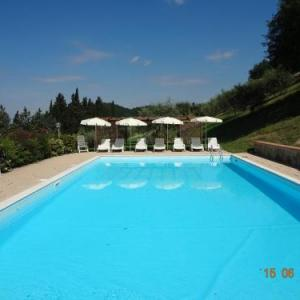 Book Now Fattoria Il Lago (Dicomano, Italy). Rooms Available for all budgets. Located in the Tuscan countryside just 3 km from Dicomano Fattoria Il Lago features a free outdoor pool and a sun terrace. It offers free Wi-Fi and BBQ facilities and self-cat