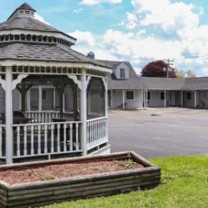 Watkins Glen International Hotels - Seneca Clipper Inn