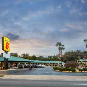 Super 8 by Wyndham Pensacola West