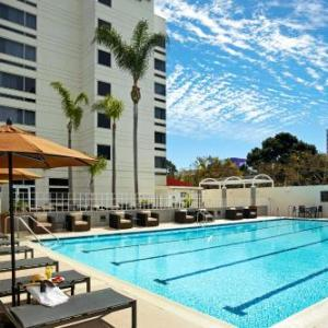 Toyota Sports Center Hotels - DoubleTree by Hilton LAX -El Segundo