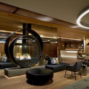 Easton Softball Stadium Hotels - Kimpton Hotel Palomar Los Angeles Beverly Hills