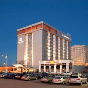 Hotels near Skokie Theatre - Doubletree Hotel And Conference Center Chicago North Shore