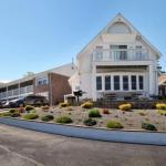 Cape Cod Harbor House Inn