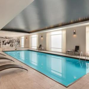 Hilton Suites Chicago/magnificent Mile