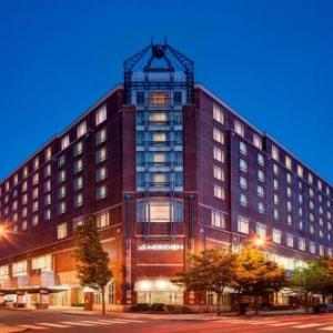ONCE Somerville Hotels - Le Meridien Cambridge-M.I.T.