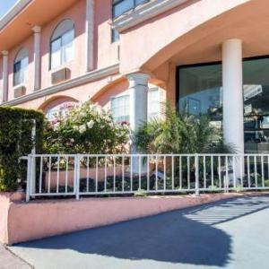 Hotels near Wilshire Country Club - Rodeway Inn near Melrose Ave