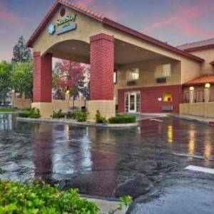 Econo Lodge Fontana