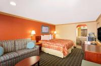 Knights Inn Port Charlotte Image