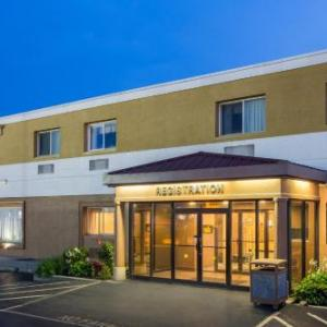 Eastern Hills Weslyan Church Hotels - Super 8 Williamsville/buffalo Airport