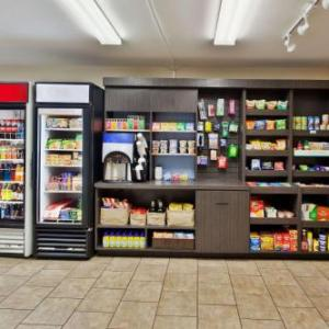Lombardos Randolph Hotels - Candlewood Suites Boston-Braintree
