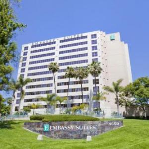 UCSD Price Center Hotels - Embassy Suites by Hilton San Diego -La Jolla