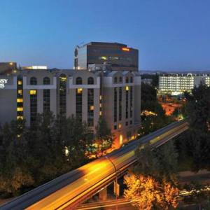 San Ramon Valley High School Hotels - Embassy Suites Hotel Pleasant Hill-Walnut Creek