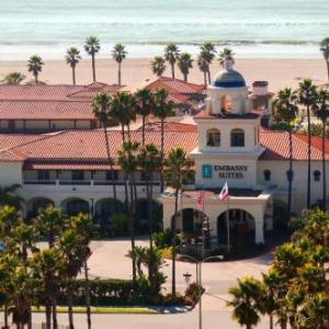Hotels near California State University Channel Islands - Embassy Suites Mandalay Beach Hotel & Resort
