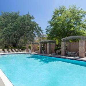 Embassy Suites Hotel Tampa-USF/Near Busch Gardens