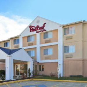 Danville Stadium Hotels - Red Roof Inn & Suites Danville Il