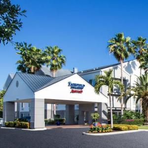 Lakes Regional Park Hotels - Fairfield Inn & Suites Fort Myers Cape Coral