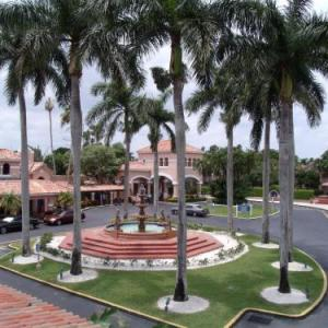 Hotels near C B Smith Park - Grand Palms Resort
