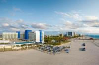 Hilton Clearwater Beach Resort & Spa Image