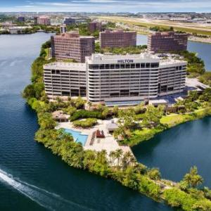 Hotels near Roxy Performing Arts Center - Hilton Miami Airport Blue Lagoon