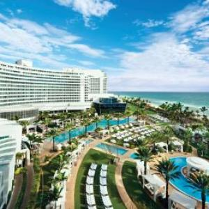 Hotels near LIV Nightclub - Fontainebleau Resort Miami Beach
