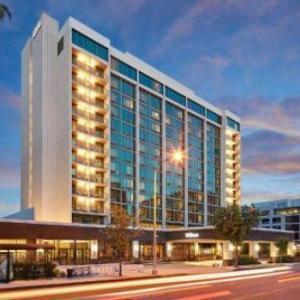 Hotels near Pasadena Playhouse - Hilton Pasadena