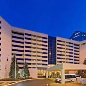 Hilton Suites Chicago/Oakbrook Terrace