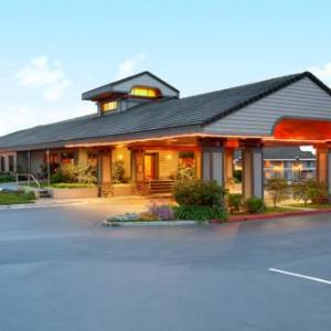 Luther Burbank Center for the Arts Hotels - Hilton Sonoma Wine Country