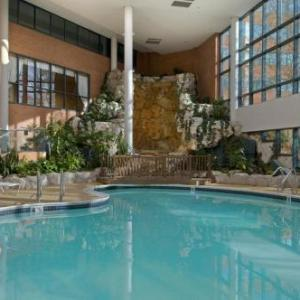 Hotels near Republic Airport - Hilton Long Island/Huntington
