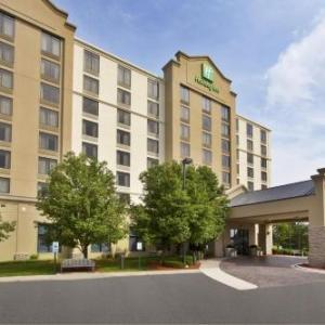 Hotels near Festival Park Elgin - Holiday Inn And Suites Chicago Northwest Elgin